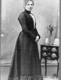 Thora Alfride Holm 1899.jpg