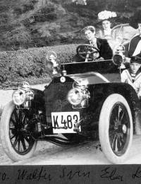 1910 Walter, Elsa, Lydia, Svend.jpg